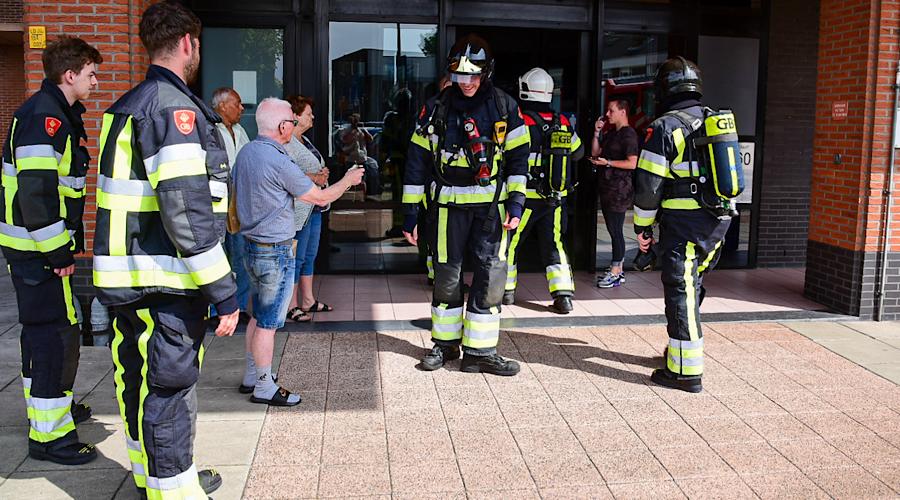 Groep jongeren veroorzaakt explosie in Hoogvliet
