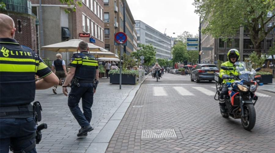 16 bekeuringen op hotspotlocaties in Rotterdam