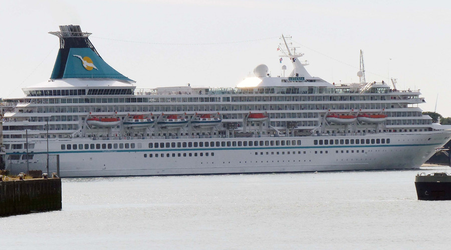 Eindelijk weer een cruiseschip met passagiers in Rotterdam