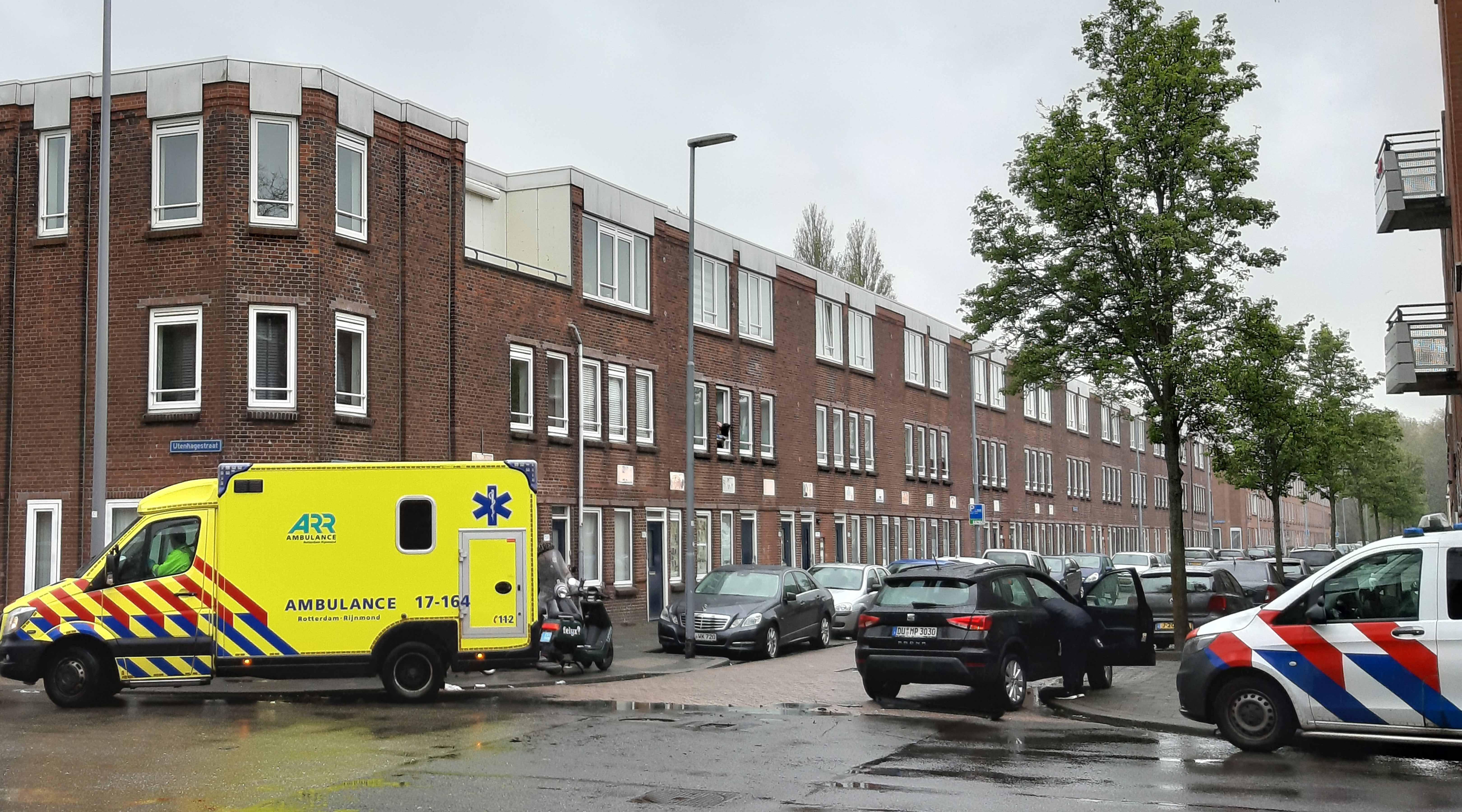 Scooterrijder gewond na ongeval met auto in Rotterdam