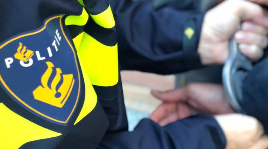 Politie lost waarschuwingsschot in Crooswijk bij arrestatie