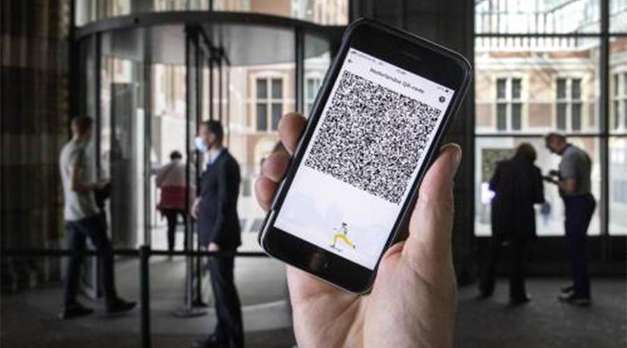 Rotterdam handhaaft steekproefsgewijs op bezit QR-code