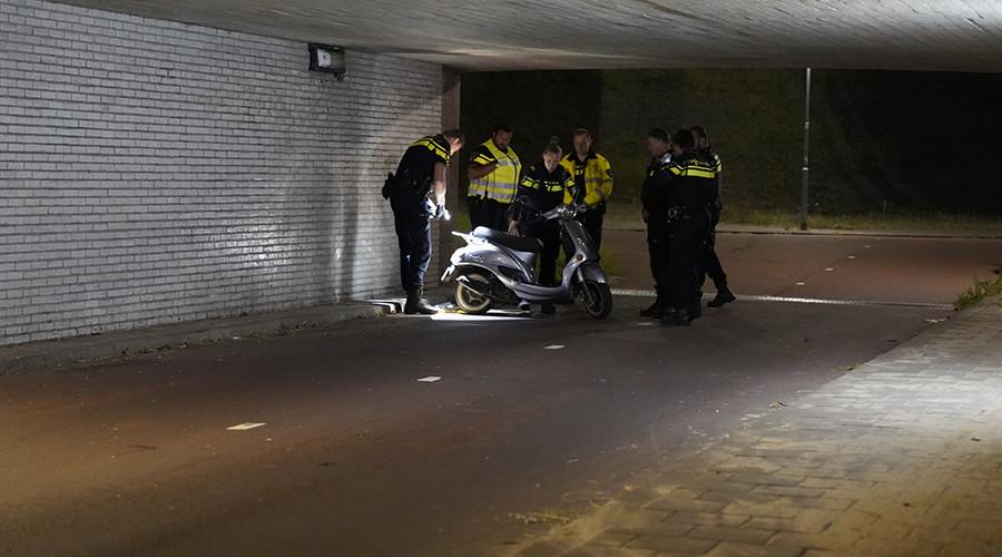 Scooterrijder ernstig gewond na ongeluk in IJsselmonde
