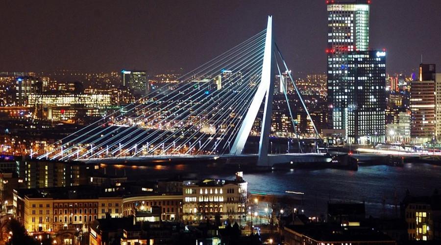 Rotterdam zet gebouwen in spotlights voor songfestival