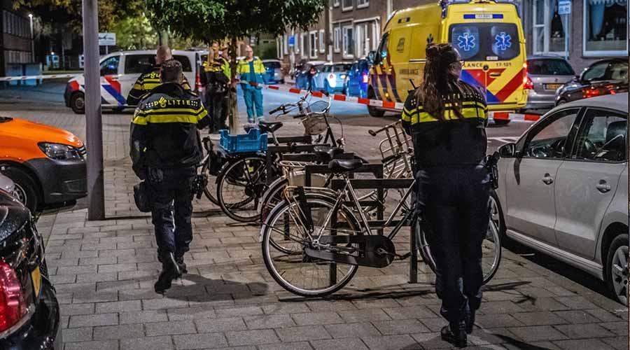 Gewonde na steekpartij in Van Swietenlaan naar ziekenhuis