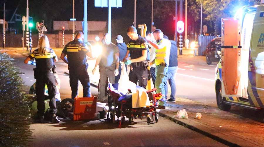 Scooterrijder flink gewond na val op de Terbregseweg