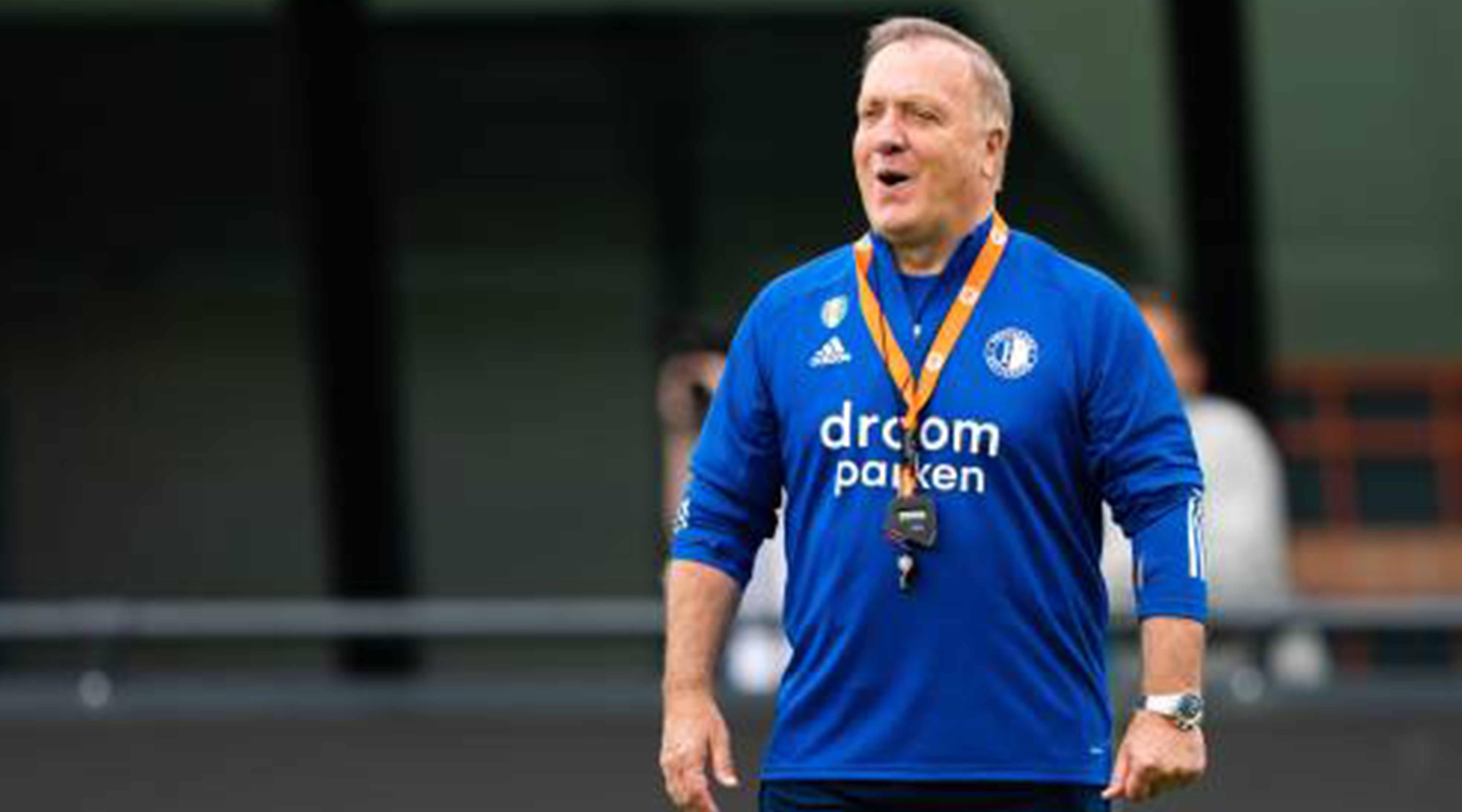 Feyenoord-trainer Advocaat boos op arbitrage