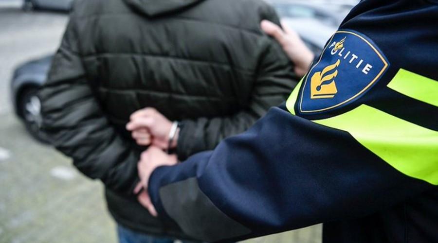 Rotterdammer gearresteerd in trein Apeldoorn om bommelding