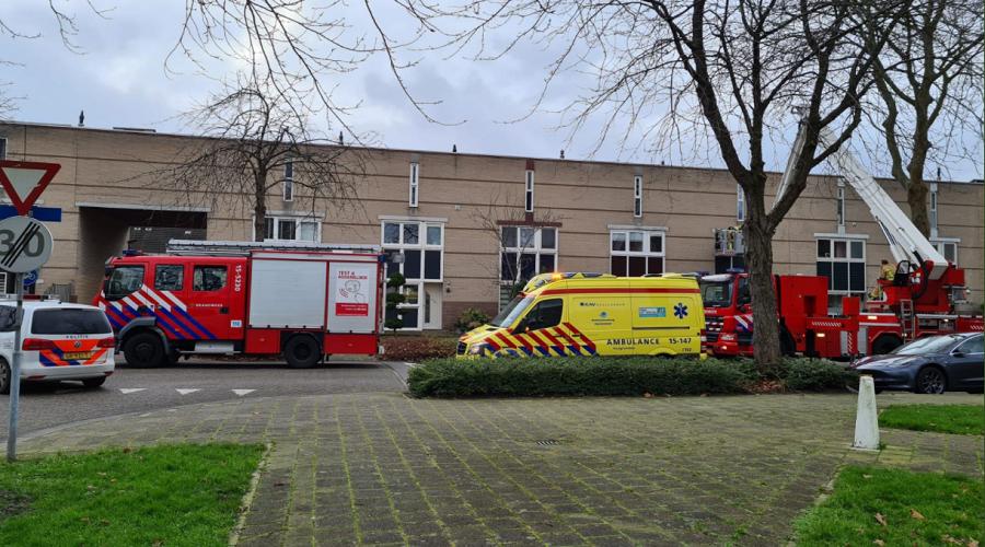 Hulpdiensten naar Weidedreef in Seghwaert. #zoetermeer